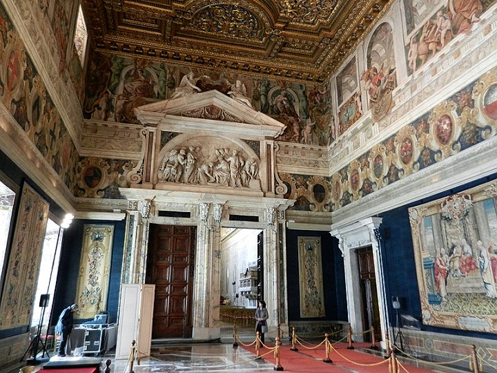 Salone dei Corazzieri in Palazzo del Quirinale, Things to do in Rome, Lazio, Italy