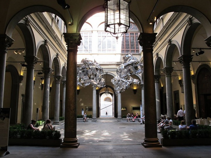 Palazzo Strozzi - courtyard, Places to visit in Florence, Tuscany, Italy