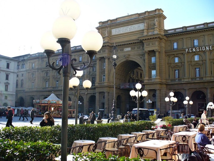 Piazza della Repubblica, Places to visit in Florence, Tuscany, Italy