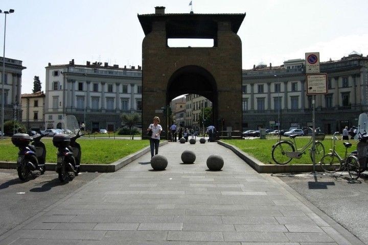 Porta alla Croce in Piazza Beccaria, Places to visit in Florence, Tuscany, Italy