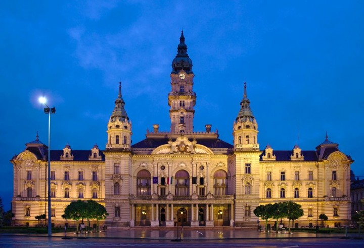 Town hall in Győr, Most beautiful cities and towns in Hungary