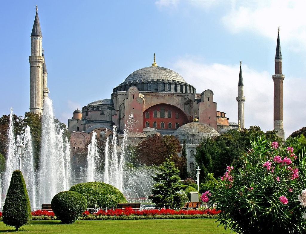 20 of the Most Beautiful Places in Istanbul, Turkey