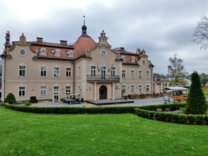Berchtold Chateau, Châteaux and Castles in the Czech Republic