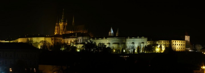 Prague Castle - night, Châteaux and Castles in the Czech Republic