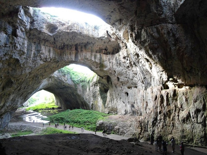Devetashka cave, Bulgaria Holidays - Places to visit in Bulgaria