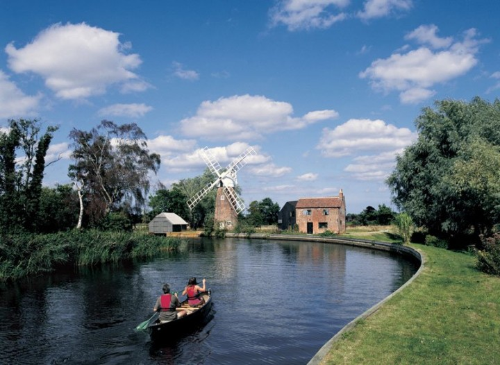 River Ant at Hunsett Windmill, The Broads National Park, England, National Parks in the UK