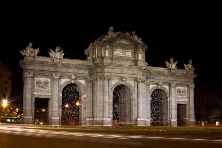 Puerta de Alcalá, Things to do in Madrid, Spain