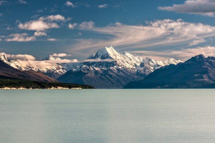 Aoraki over Lake Pukaki, South Island, New Zealand