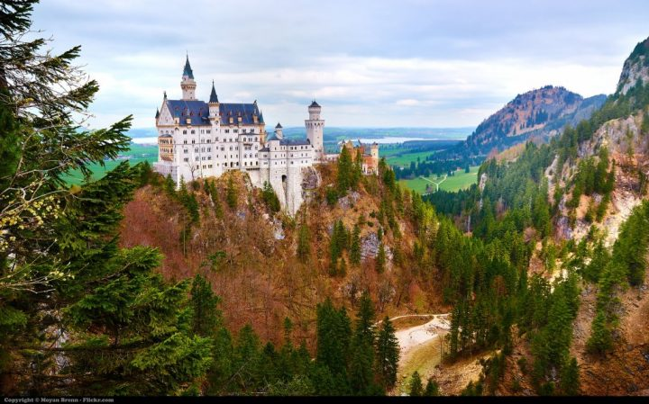 Neuschwanstein, Traveling to Germany