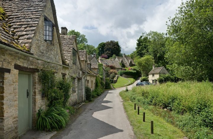 Bibury - a typical Cotswold village, England, UK road trip