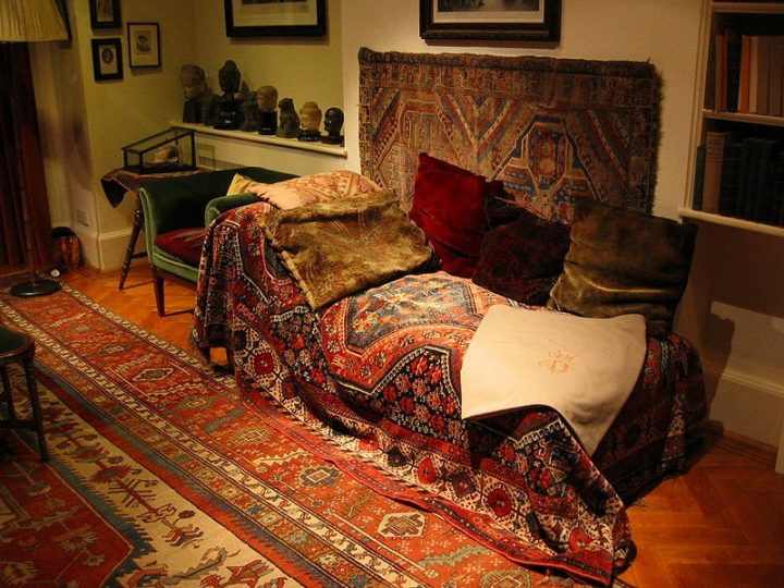 Freud Museum - Freud's Sofa, London Museums, England