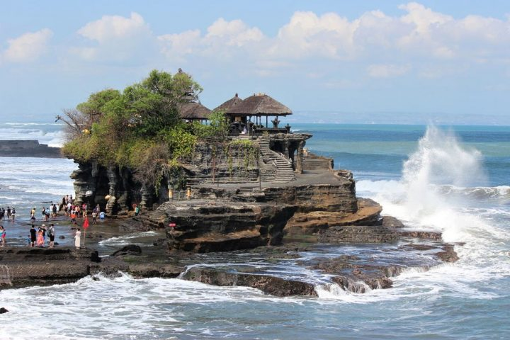 Tanah Lot, Bali, Indonesia, Best Honeymoon Destinations in Asia