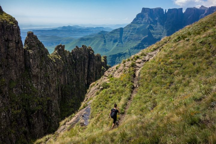 Drakensberg Mountains, Spots to Visit in South Africa