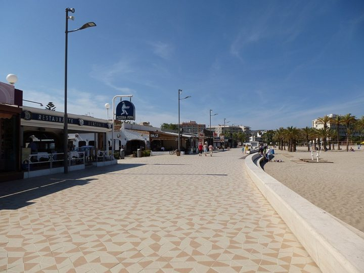 Arenal Promenade, Things To Do And See in Jávea, Spain