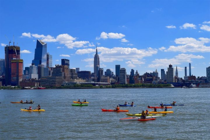Public Kayaking, Hudson river, Things to do in NYC, USA