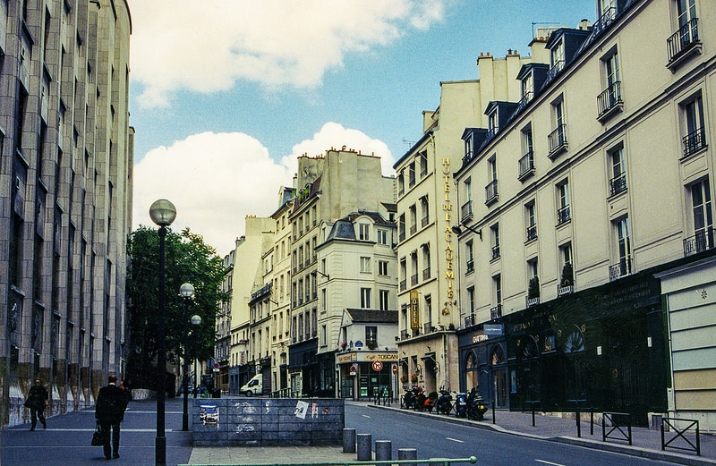 Faubourg Saint-Germain best area to stay in Paris