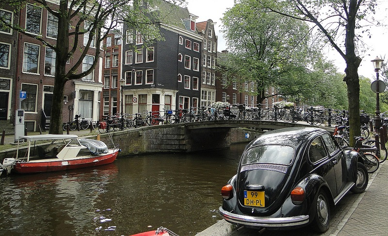 Jordaan, best area to stay in Amsterdam