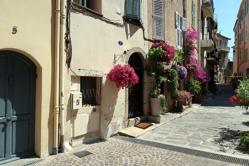 Le Suquet, best area to stay in Cannes