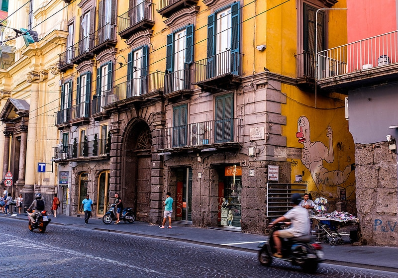 Spanish neighborhoods, best area to stay in Naples