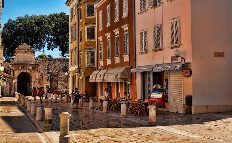 Old centre, best area to stay in Zadar