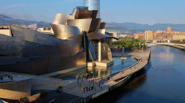 The best areas to stay in Bilbao