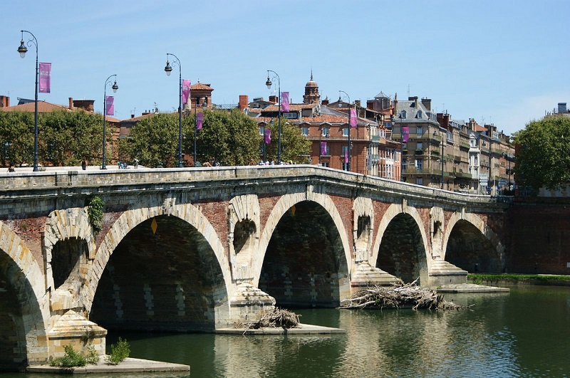 Centre, best area to stay in Toulouse