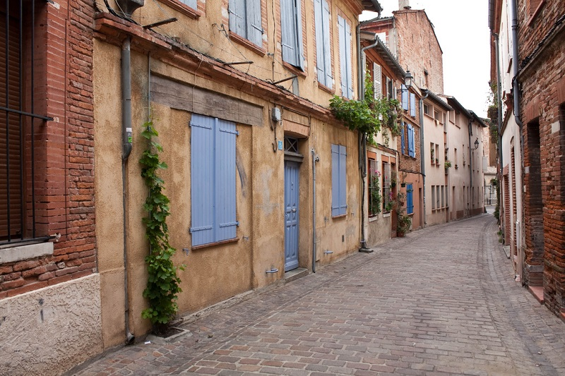 Saint-Cyprien, best area to stay in Toulouse