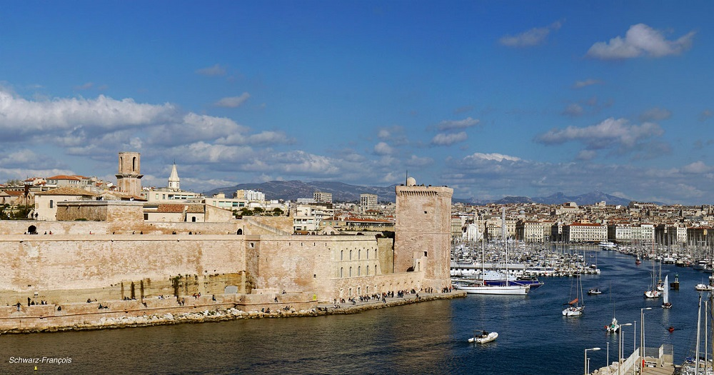 The best areas to stay in marseille - Parking marseille vieux port ...