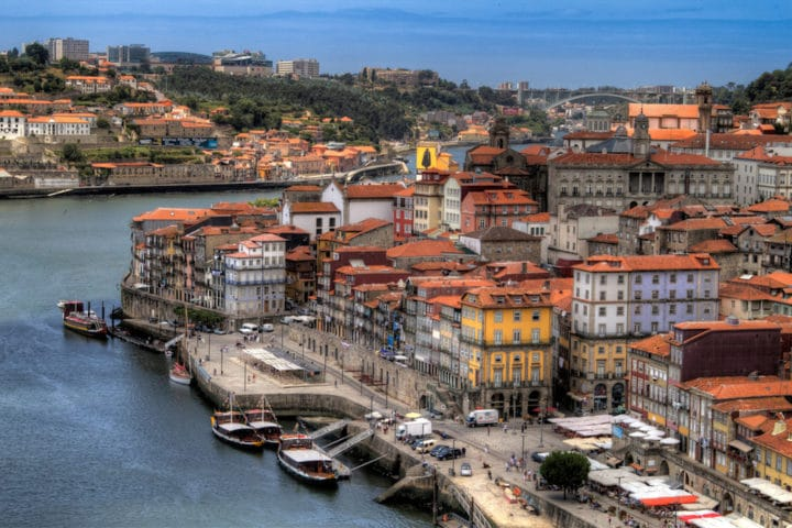 Cheap parking in Porto: where to park in Porto?