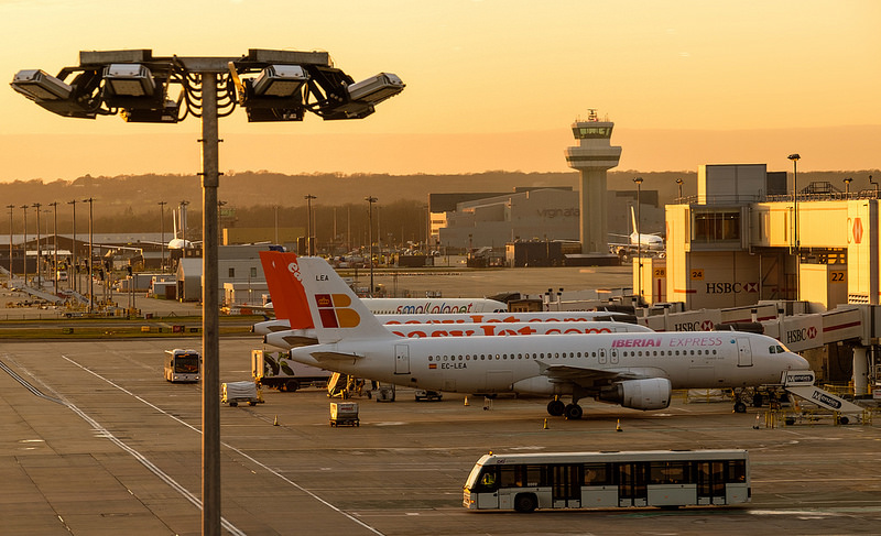 Book cheap parking at London Gatwick Airport
