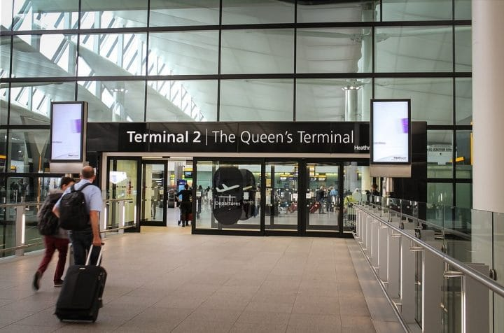 Finding cheap parking at London Heathrow airport