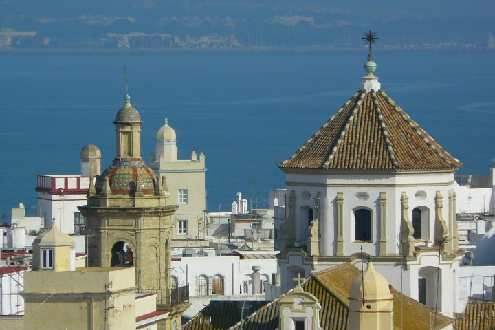 The best areas to stay in Cadiz