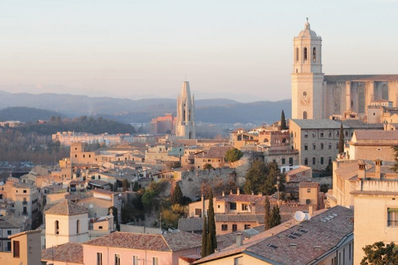 Stay in the Old Town of Girona