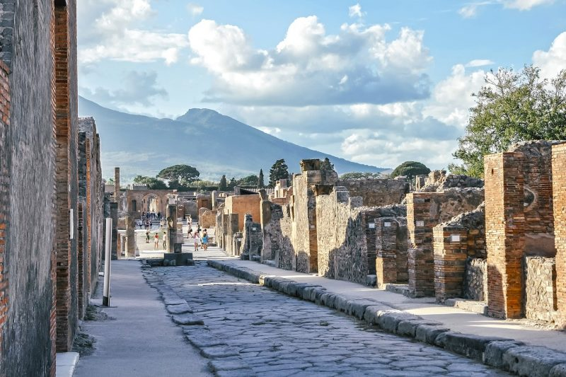 Stay in Pompeii