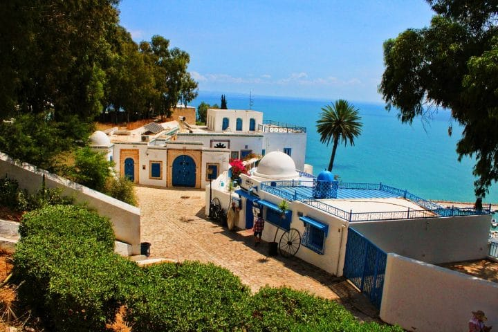The best areas to stay in Casablanca