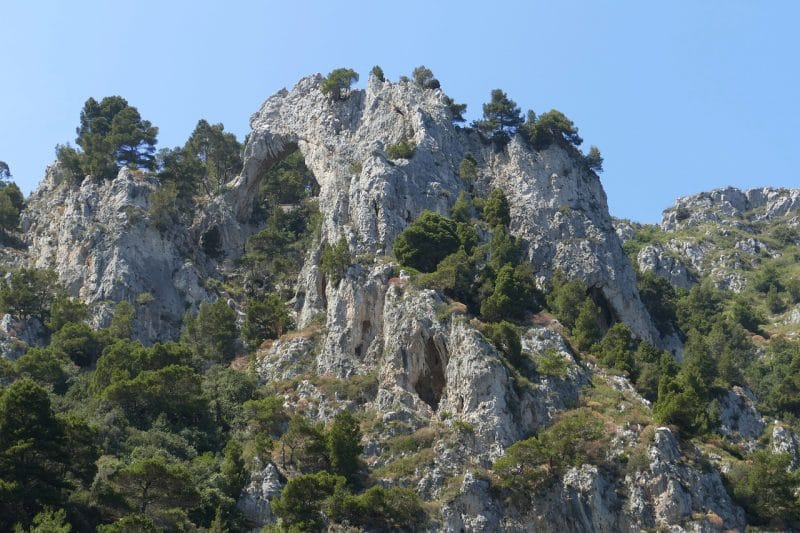 Visit the hiking paths of Capri