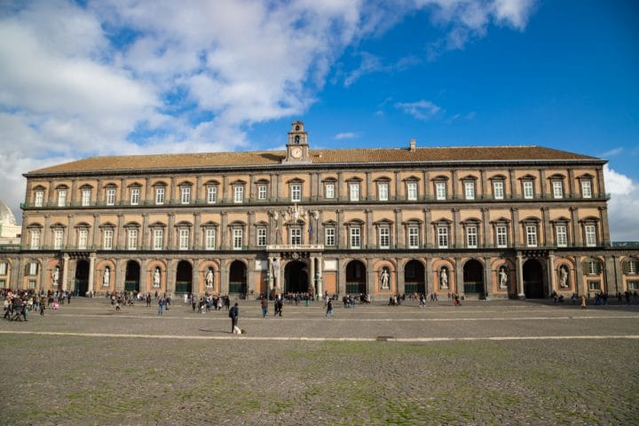Visit the Royal Palace of Naples: tickets, rates, opening hours