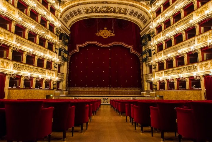 Visit the San Carlo Theater in Naples: tickets, rates, opening hours